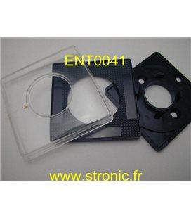 PLASTRON 65x65 NOIR  P67