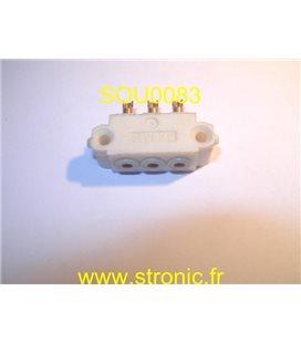 CONNECTEUR 3 POLES FEMELLES 8140 BLANC